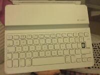 Logitech Ultrathin Keyboard Cover for iPad 2, iPad 3 and iPad 4 - White