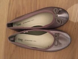 Girls size 13 party shoes