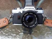 Olympus SLR OM10 camera, + kit