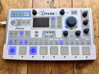 Arturia SparkLE w/ Spark 2 software - Spark LE hybrid midi drum controller