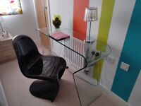 LOVELY HALL/SIDE TABLE/DESK SOLID CURVED GLASS & MOULDED S CHAIR