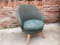 Big Round Tubby Mid Century Chunky Chair Vintage Cocktail Décor Comfy