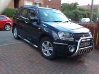 Black grand vitara Ddis good condition inside and out.