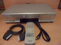 TOSHIBA DVD Player/ Video Cassette Recoder COMBO