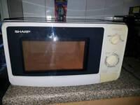 Microwave missing plate
