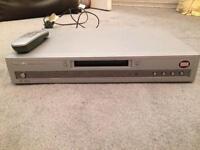 Philips DVD634 + Remote