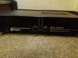 Skytec 2000 professional amplifier
