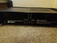 Skytec 2000 professional amplifier