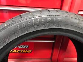 205/45/17 Dunlop run flat tyres