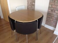 Save espace dining table