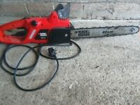 Chainsaw black and decker with safty brake and chain guard with long lead vgc gwo