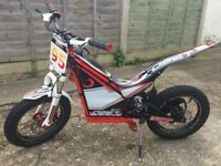 Oset 16R Racing As New Excellent Used Condition