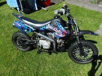 stomp bike 140cc semi automatic [pitbike,scrambler] £390