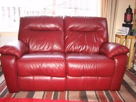 2 and 3 setter leather recliners fantastic condition