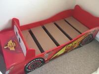 Toddled bed / Car bed
