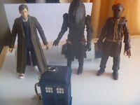Dr Who figures and other items