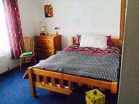 Double bedroom. Short term let. City centre