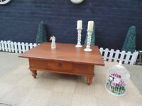 ABSOLUTELY STUNNING EXTRA LARGE SOLID OAK COFFEE TABLE WITH 2 DRAWERS