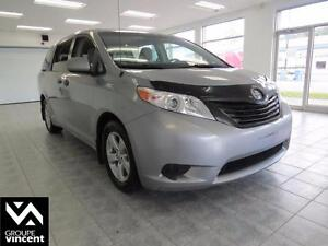 2011 Toyota Sienna LE **TRES FIABLE**