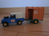 Britains land rover and horse box, 1970's vintage