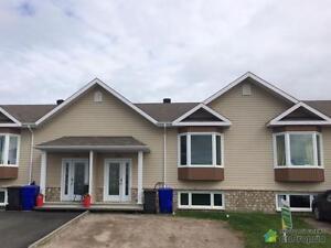 156 000$ - Maison en rangée / de ville à St-Bruno-Lac-St-Jean