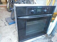 600 x 600 Hotpoint electric oven