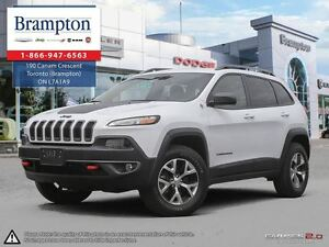 2017 Jeep Cherokee Trailhawk | EX DEMO | Low Kms |