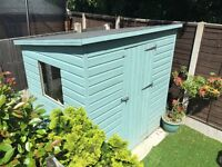 7' X 5' Garden Shed in Blue - like new