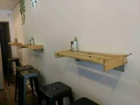 Wooden shelf x4