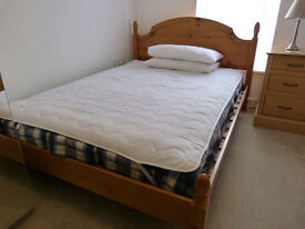 Double rooms in super town house