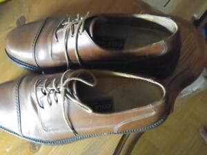 Oakville COLE HAAN Leather Shoes Mens 9.5D Made in ITALY Supple Soft Durable Calfskin Brown Tie-up EUC