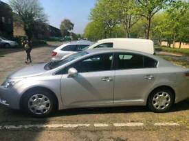 Toyota avensis 2009 T270