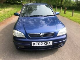 Vauxhall Astra SXI 16v. 5 door hatchback. Lovely condition and a cheap car.