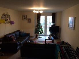 City Centre Double Room to Rent in Flatshare near Royal Mile