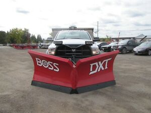2017 BOSS 10ft DXT V-BLADE PLOW Peterborough Peterborough Area image 1
