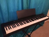 Yamaha P105 digital 88 weighted key stage piano