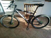Giant NRS 3 Full Suspension MTB Bike Rock Shock Pike, Juicy Brakes, Frame Size M