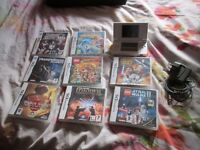 WHITE DS LITE CONSOLE + 8 GAMES +CHARGER