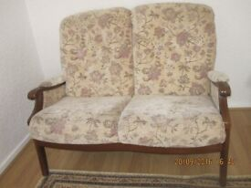 Beautiful two seater fabric sofa in an excellent condition, very comfortable, �60