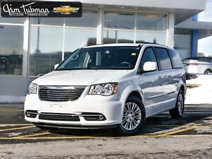 2016 CHRYSLER TOWN AND COUNTRY ***FANTASTIC CONDITION***