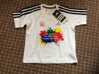 Bundle of 2 pieces of Adidas clothes for boy 3-4 years. T-shirt brand new, trousers never worn!