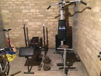 Multi-gym and weight bench