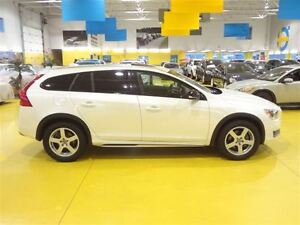 2016 Volvo V60 Cross Country *** VENDUE **- T 5 - Premier Plus (