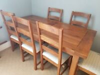 Solid Wood Extenable Table and 6 chairs