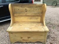 Bishop's Chair Yellow Pine