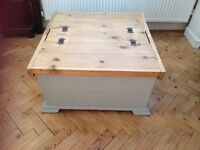 Shabby chic ottoman / storeage trunk / toy box / coffee table painted in Annie Sloan Paris grey
