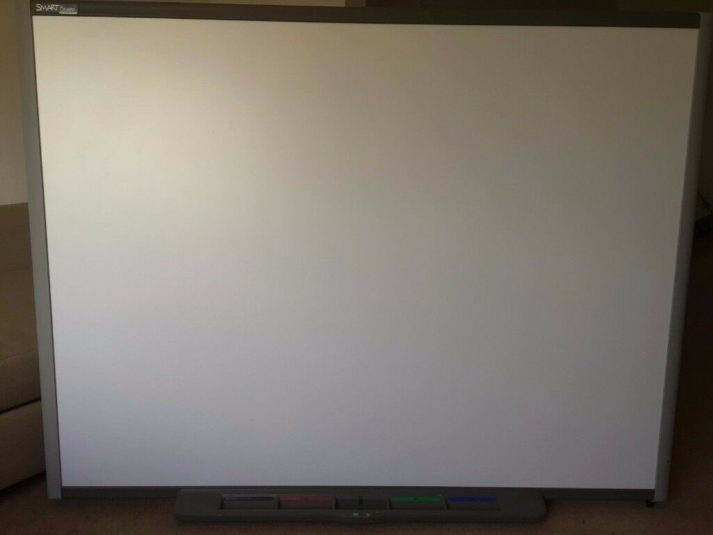 """Interactive 77"""" SMART BOARD (SB680) WHITEBOARD with tray (no pens)"""