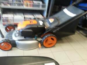 Worx 19 inch 36V  Electric lawn mower (50944) We sell used lawn equipment