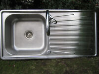 Stainless Steel Kitchen Sink with F-r-e-e Mixer Tap