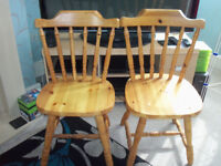 2 X PINE KITCHEN/DINING CHAIRS (HULL DELIVERY INCLUDED)